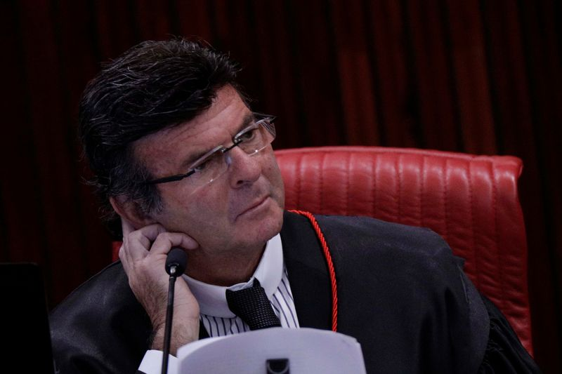 Presidente do STF, Luiz Fux, é diagnosticado com Covid-19