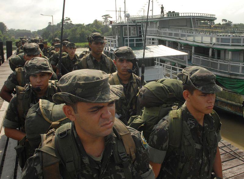 Exército faz exercício militar por defesa da soberania da Amazônia