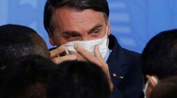 É inadmissível perder o ano letivo, diz Bolsonaro ao pedir que ministro oriente volta às aulas