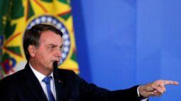 Vacina contra convid-19 não será obrigatória no Brasil, diz Bolsonaro