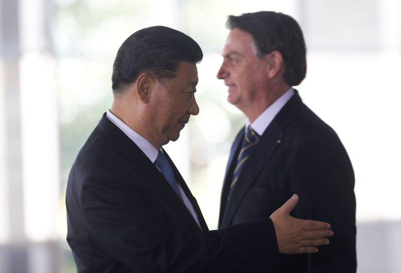 Cúpula do Brics expõe diferenças e racha entre Brasil e China