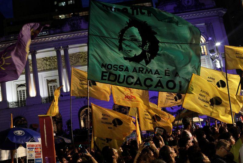 No século 21, eleições brasileiras ainda trazem agressões, atentados e assassinatos
