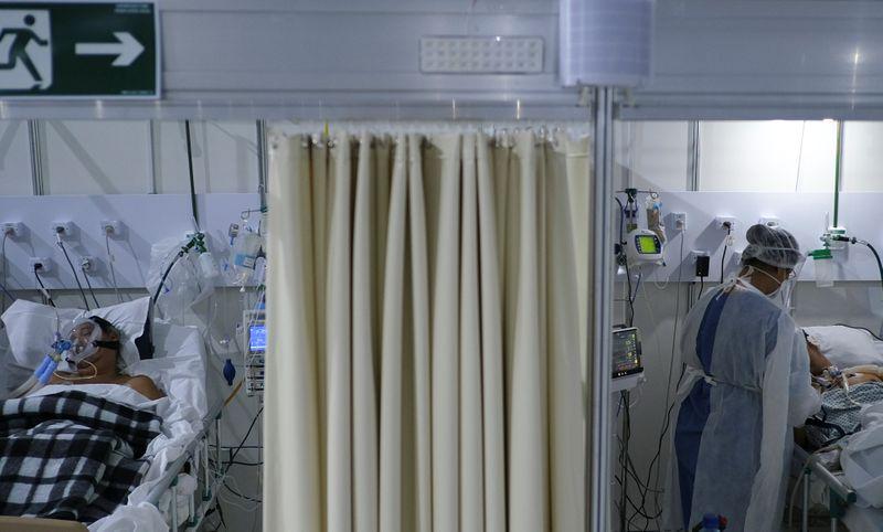 Rio amplia oferta de leitos para Covid-19 e vai reativar hospital de campanha