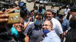 Bolsonaro fala a em fraudes nas eleições nos EUA e diz que relação com China está normal