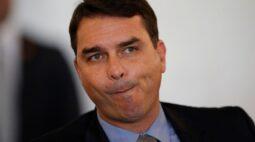 Procurador faz representação contra Flávio Bolsonao junto à PGR por ausência em acareação
