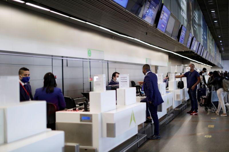 Governo libera entrada de estrangeiros por via aérea em todo o país