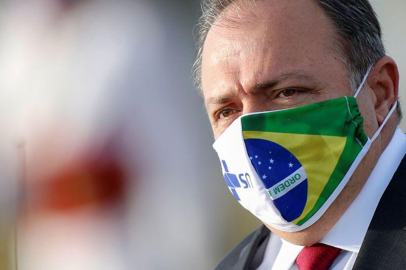 Governo Bolsonaro pretende iniciar vacinação da covid-19 com dose única