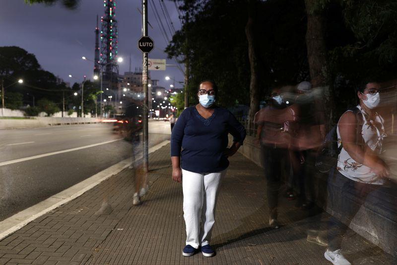 Enfermeira de 54 anos do Hospital Emílio Ribas será primeira vacinada contra Covid-19, diz governo de SP