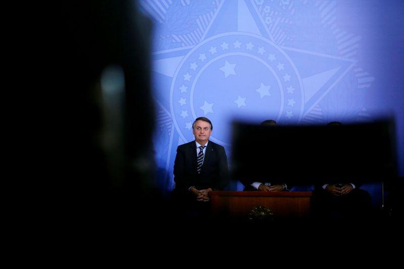 Avaliação negativa de Bolsonaro aumenta, aponta pesquisa