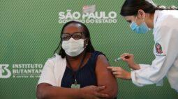 Pazuello culpa governadores pelo atraso na entrega das vacinas