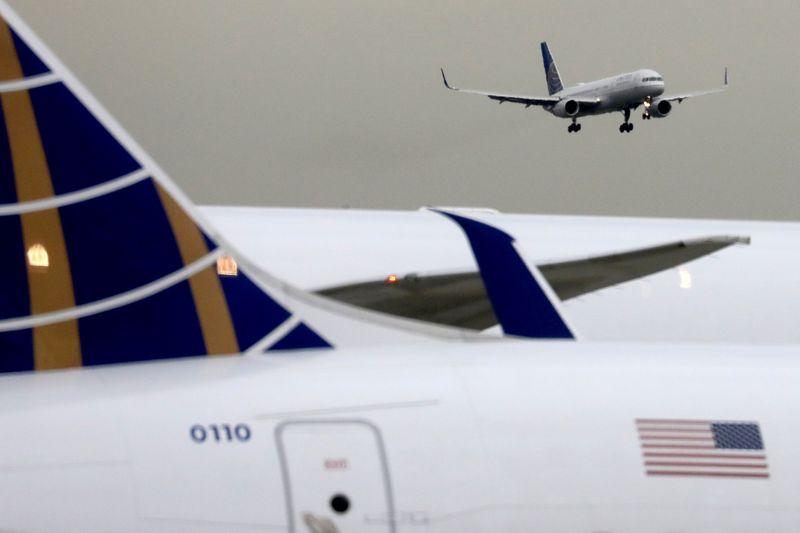 Trump suspende restrições de viagem de União Europeia, Reino Unido e Brasil