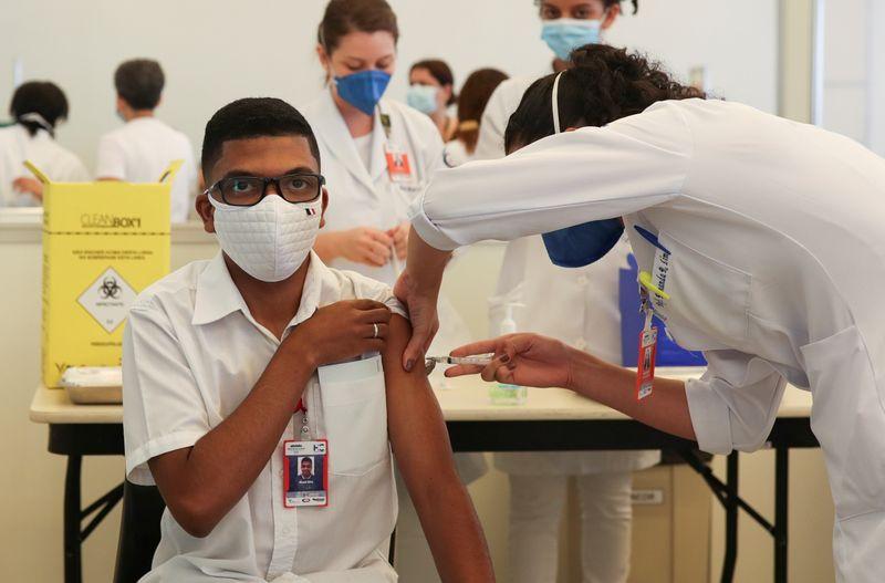 Ministério da Saúde confirma contrato de compra adicional de 54 milhões de doses da CoronaVac