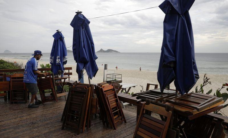 Governo do RJ anuncia medidas mais duras por 1 semana para conter pandemia