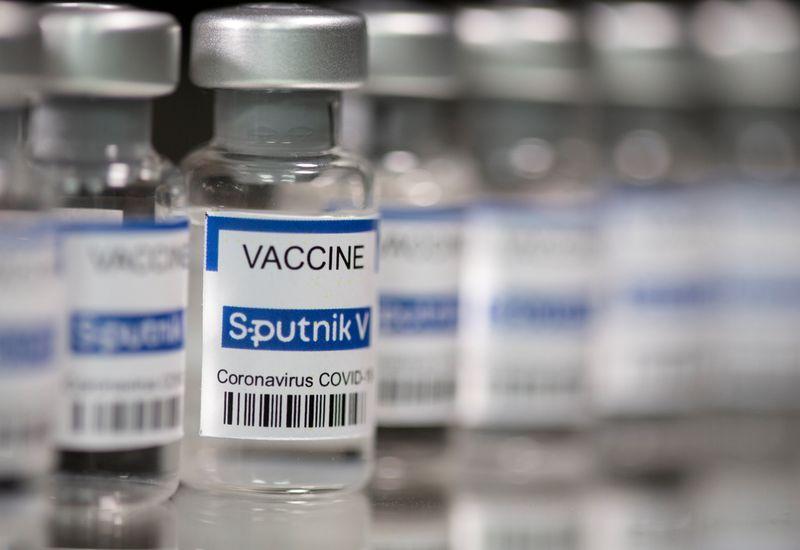 Paraná assina contrato para compra de 10 milhões de doses da Sputnik V
