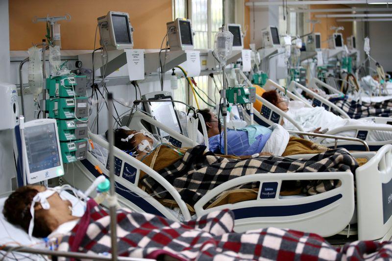 Brasil tem 1.656 novas mortes por Covid-19, total passa de 312 mil