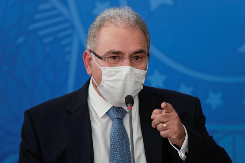 Queiroga diz que ministério fará campanha para economia de oxigênio em pacientes de Covid