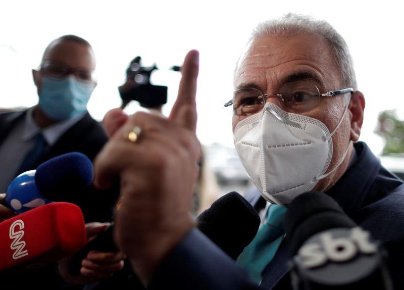 Governo negocia desvio da produção de oxigênio industrial para uso medicinal, diz ministro da Saúde