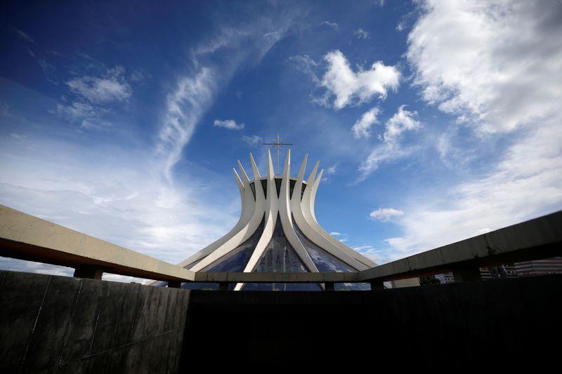 AGU e PGR pedem para STF derrubar decretos que proíbem atos religiosos durante a Páscoa