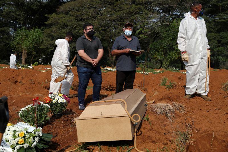 SP registra 1.389 mortes por Covid em 24 horas, recorde da pandemia