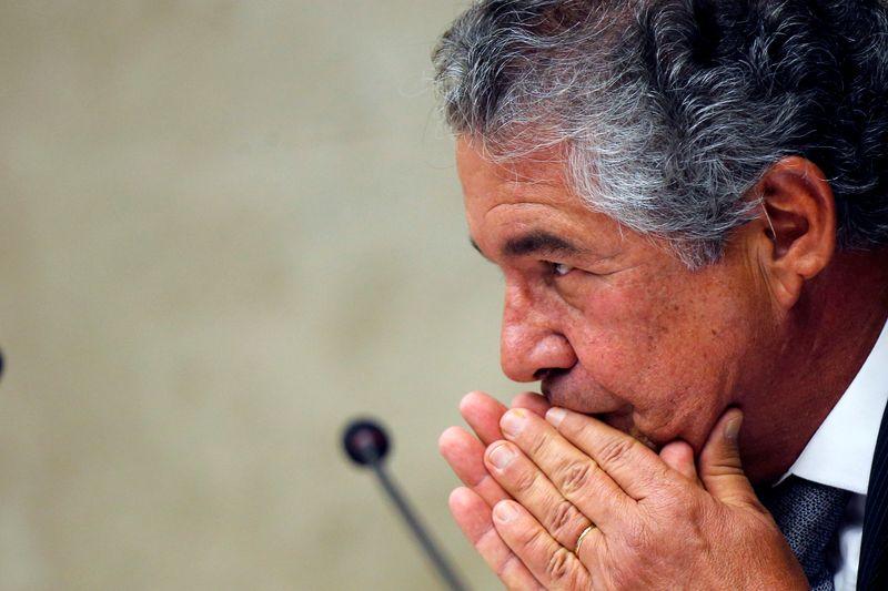 Marco Aurélio, do STF, retira carcinoma da cabeça e participa de sessão enfaixado