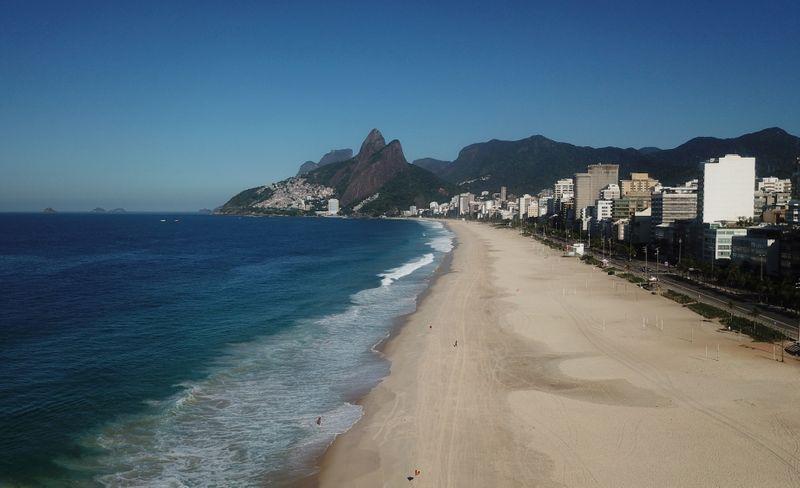 Rio de Janeiro inicia flexibilização de medidas