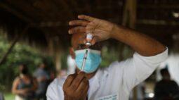 Média de vacinação em Maringá é maior do que do Paraná e do Brasil