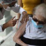 Saúde alerta que 1,5 mi de pessoas deixaram de tomar 2ª dose de vacina contra Covid