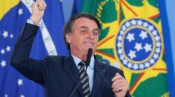 Bolsonaro conversa com presidente eleito do Equador e deve ir à posse