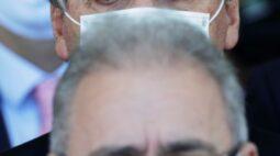 STF dá 5 dias para Bolsonaro e Queiroga se manifestarem sobre cronograma de vacinas
