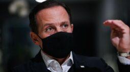 """ENTREVISTA-Pandemia em SP está """"sob relativo controle"""" e quarentena retomará regionalização, diz Doria"""