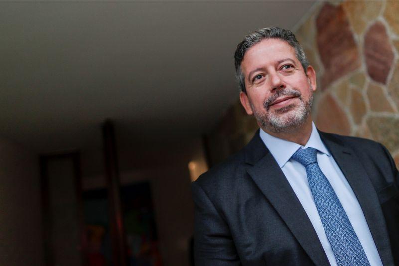 Congresso tem compromisso de votar reformas tributária e administrativa em 2021, diz Lira