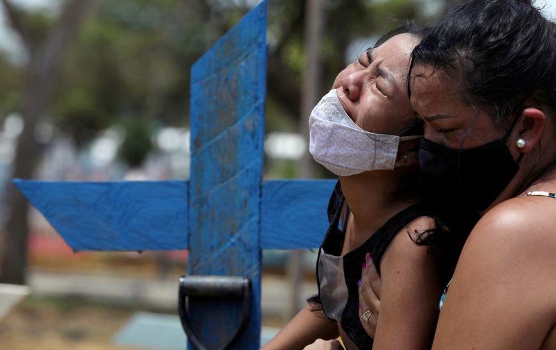 PGR denuncia governador do AM e mais 17 pessoas por crimes no enfrentamento à Covid