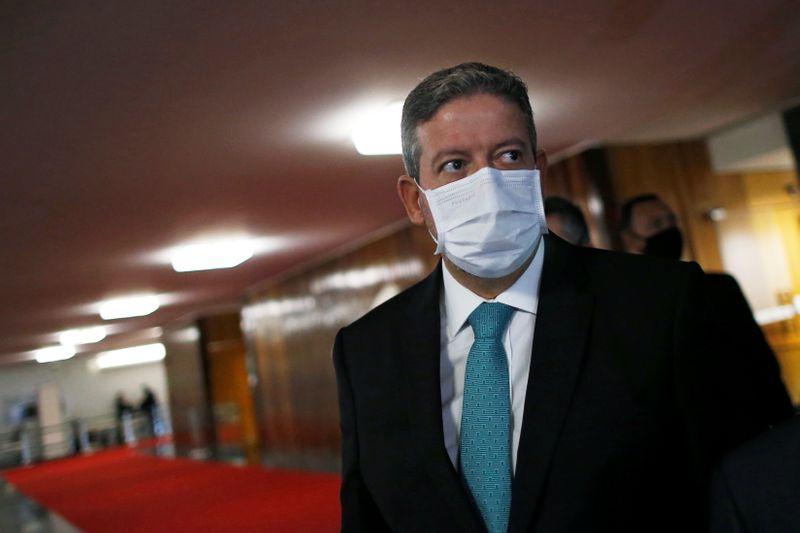 Congresso deve votar na terça-feira projeto para readequar cortes do Orçamento, diz Lira