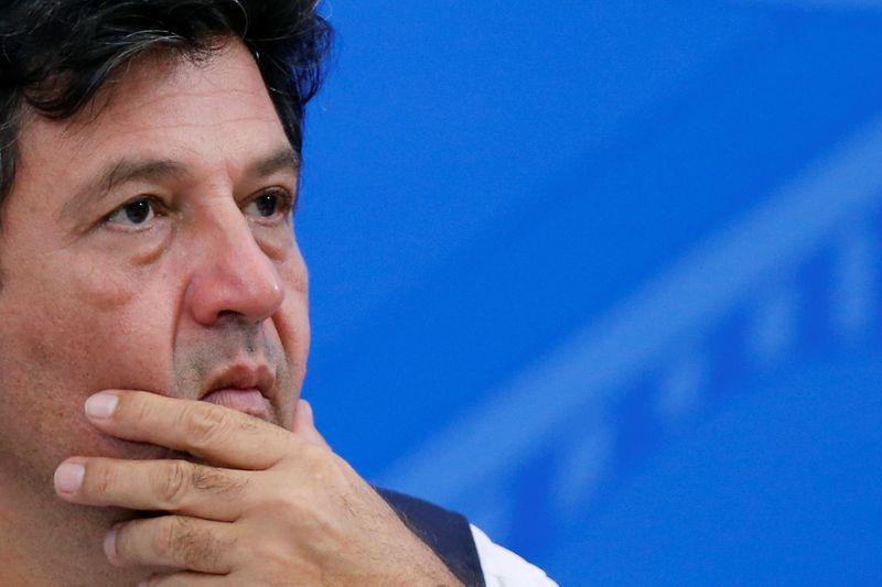 Mandetta diz que havia constrangimento de explicar posições de Bolsonaro na pandemia