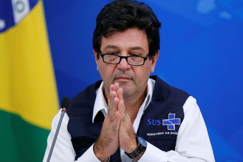 Mandetta diz que Bolsonaro tinha aconselhamento paralelo e que o alertou sobre pandemia