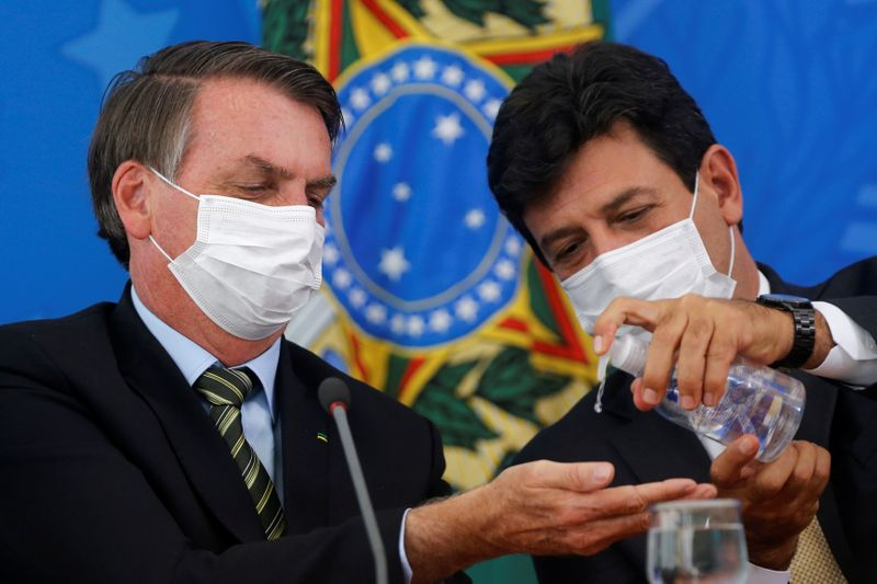 Em carta, Mandetta pediu que Bolsonaro revisse posicionamento sobre Covid e alertou para colapso