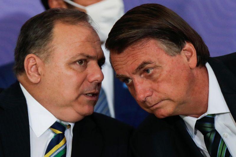 """CPI da Covid: Bolsonaro diz que Pazuello """"acertou em tudo, está tudo esclarecido"""""""