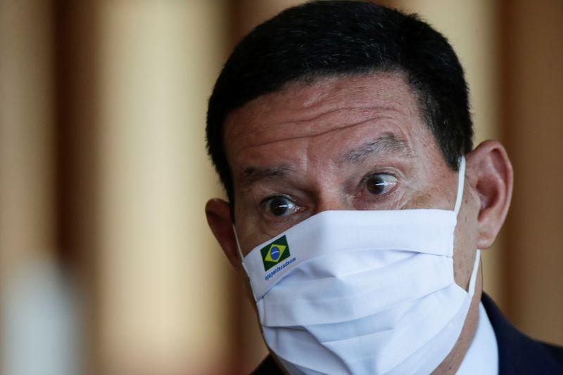 Mesmo sem voto impresso, eleição está garantida em 2022 diz Mourão