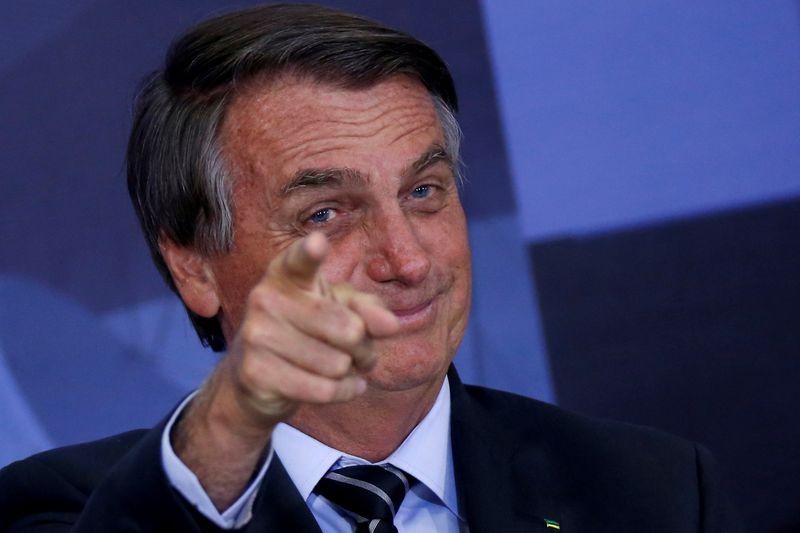 Bolsonaro cria programa para ofertar serviço de banda larga na Amazônia