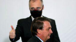 Bolsonaro faz nova defesa de André Mendonça para o STF