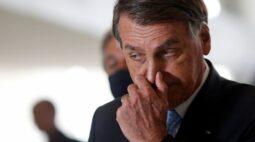 Após queda histórica do PIB, Bolsonaro diz que economia do Brasil foi uma das que menos caiu