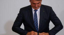 Brasil renova recorde de mortes por Covid-19 e Bolsonaro diz que se dependesse dele nunca haveria lockdown
