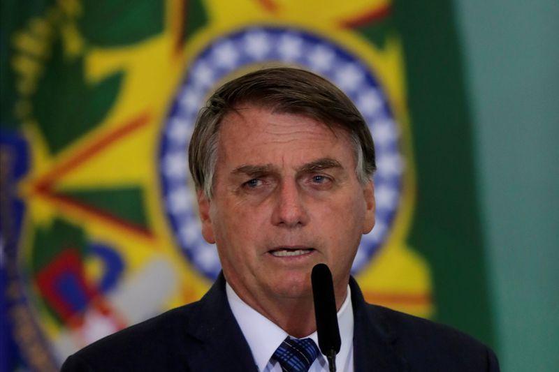 Valor do novo auxílio emergencial vai variar de R0 a R0 reais, diz Bolsonaro