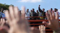 """Bolsonaro diz que estará com Polícias Militares """"aconteça o que acontecer"""""""