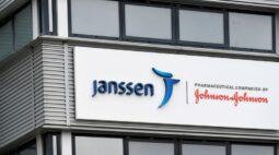 Ministério volta atrás e diz que vacinas da Janssen não chegam mais na 3ª