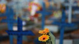Brasil registra 827 novas mortes por Covid-19 e total atinge 488.228