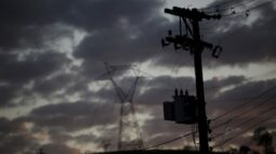 Apagão no Amapá na quarta-feira foi por oscilação na geração, diz LMTE