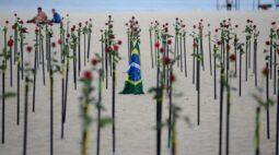 Lira anuncia luto de 3 dias no Congresso por 500 mil mortos, mas sem suspensão dos trabalhos