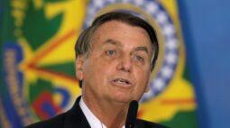Bolsonaro diz que não há Três Poderes, mas o Judiciário de um lado e os outros dois de outro