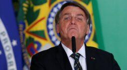 Bolsonaro ataca Renan e diz que acusações contra governo são mentiras